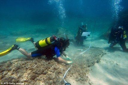 Underwater Neapolis.jpg