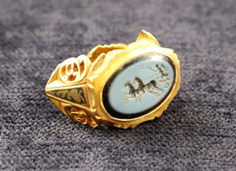 Roman signet ring